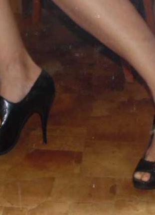 Босоножки лак кожа каблук
