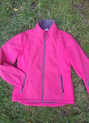 Спортивная куртка, идеальное состояние.