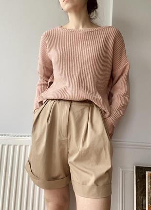 Пыльно-розовый хлопковый свитер с разрезами