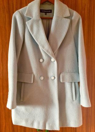 Продам пальто модели бойфренд