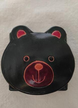 Кожаный кошелёк для монет ручной работы.