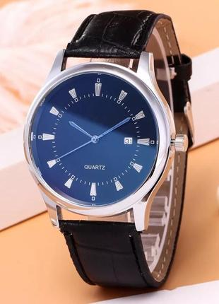 Мужские часы классика, смотрятся супер на руке