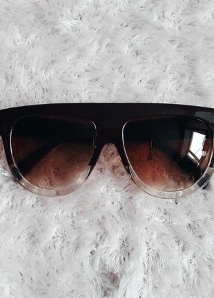 Очки солнцезащитные трендовые аксессуары оправа в стиле celine