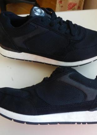 Кожаные кроссовки 44р 29см