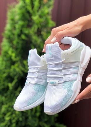 Милые женские кроссовки adidas equipment белые с бледно-голубым
