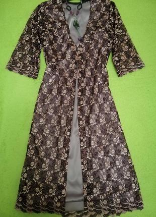Платье с гипюровой накидкой