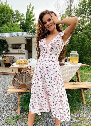 Обворожительное платье миди полностью на запах много цветов