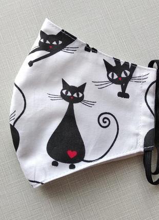 Женская маска с кошками3 фото