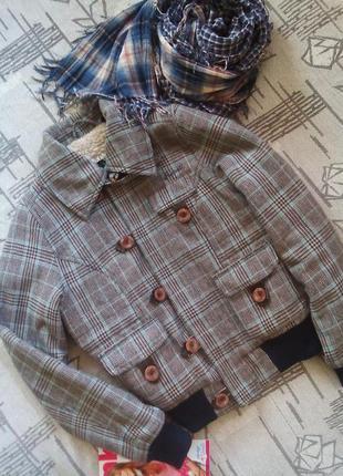 Тёплая шерстяная куртка на синтепоне