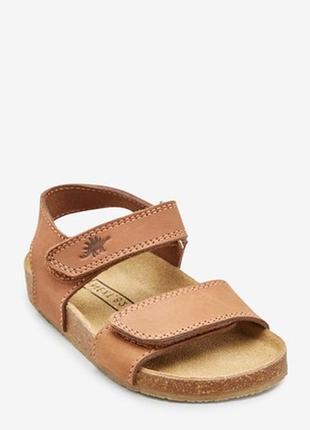 Кожаные сандалии для мальчика некст