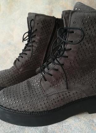 Ботинки с заклепками,ботинки демисезон,черевики на мікрофлісі,ботинки со шнурками