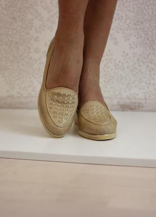 Кожаные туфли нюдового цвета на танкетке,натуральная кожа, бренд salamander