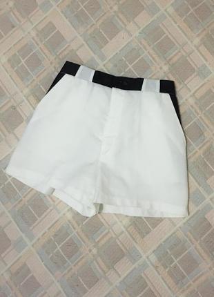 Белые шорты шортики короткие летние с высокой посадкой талией с поясом ремешком ремнем