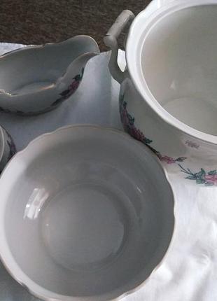 Набор посуды, супница, соусница, креманка