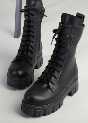 Ботинки на тракторной подошве натуральная кожа. ботинки зима на низком каблуке