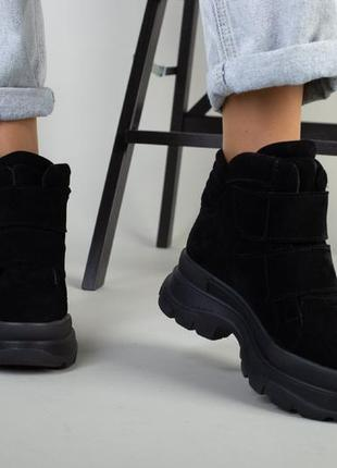 Замшевые ботинки на платформе. ботинки на липучке качество люкс