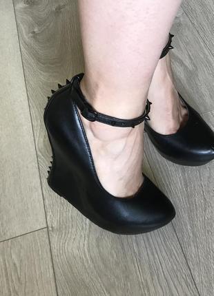 Черные туфли centro.