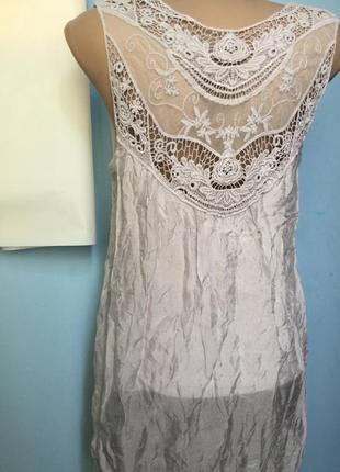 Шелковая блузка с кружевом на подкладке