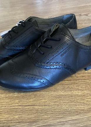 Оригинальные туфли geox