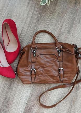 Вмістка сумка з двома ручками. вместительная коричневая женская сумка