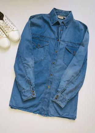 Крутая джинсовая рубашка оверсайз / джинсовая рубашка большой размер