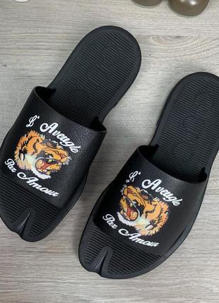 Шлепанцы gucci gg supreme tigers black