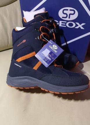 Зимние ботинки geox оригинал.