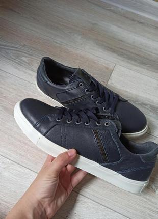 Шкіряне взуття, кеди 28см