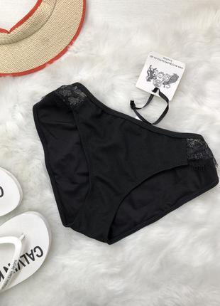 Чорні , фактурні плавки wolf & whistle swimwear