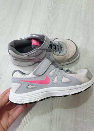 Кроссовки для двора nike