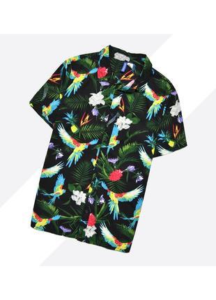 Divided h&m m / лёгкая летняя чёрная гавайская рубашка в насыщенный принт