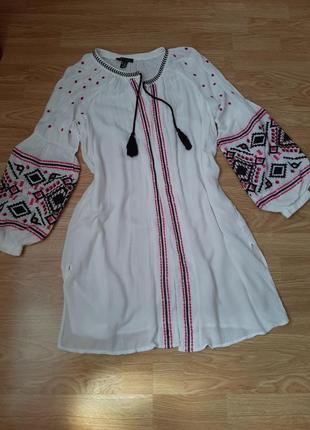 Красивая, вышитая блуза, накидка, туника