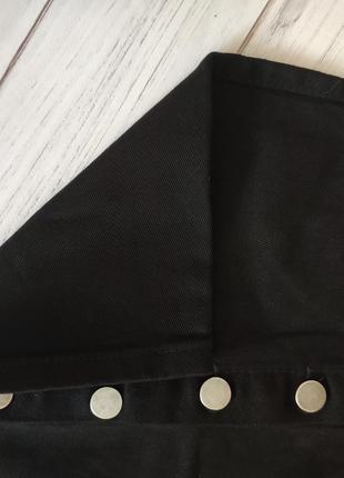 Черная юбка на пуговицах джинсовая3 фото
