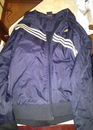 Куртка спортивна adidas