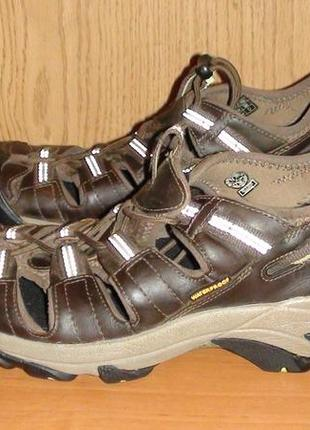 Keen - шкіряні босоніжки, сандалі