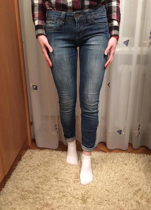 Продам джинси джинсы штаны