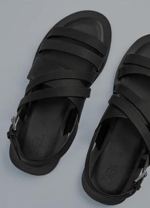 Кожаные сандали босоножки от zara, 42,43