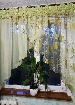 Занавеска-тюль на окно