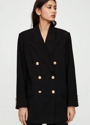Чёрный пиджак pull & bear oversize двубортный блейзер