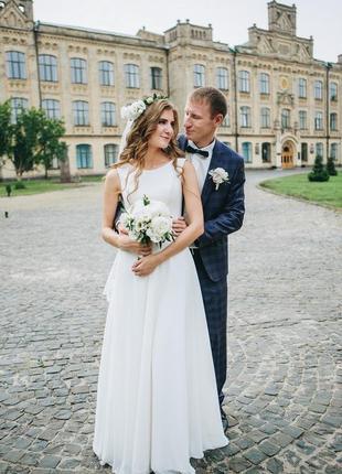 Свадебное платье 3000 грн