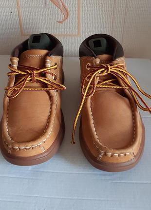 Крутые кожанные ботиночки коричневого цвета timberland  made in vietnam