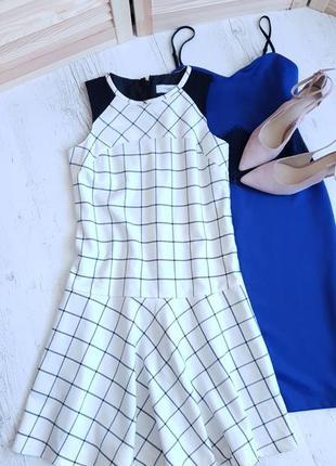 Платье next в актуальную клетку.