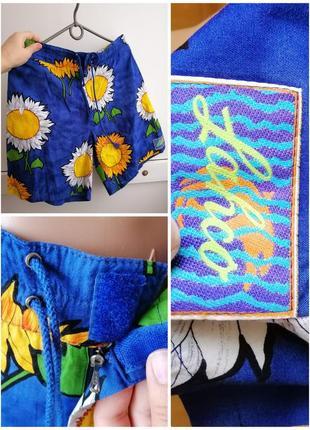 Шорты короткие синие с цветочным принтом