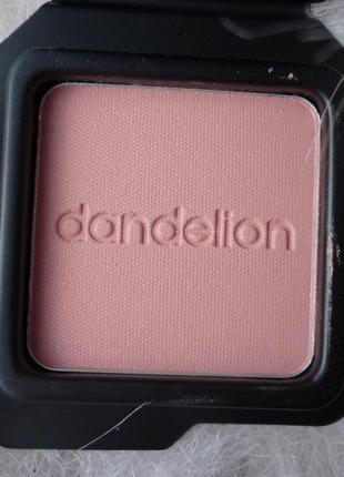 Румяна от бенефит dandelion