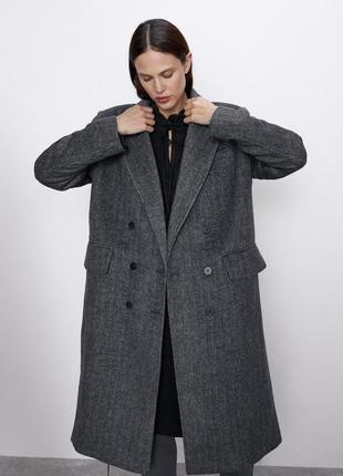Двубортное шерстяное пальто бойфренд, оверсайз zara