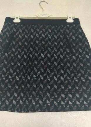 Принтовая юбка подкладка чорно-серая бренда principles by ben de lisi,р.14