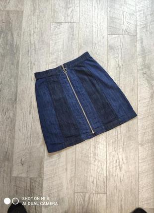 Джинсовая юбка на молнии хлопок хлопковая спереди