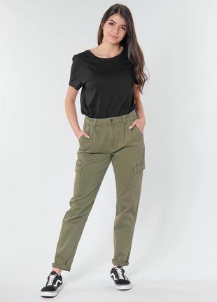 Брюки штаны джинсы хаки с карманами чинос