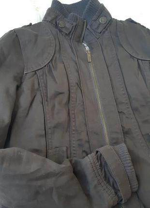 Куртка від bershka