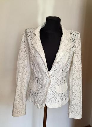 Фирменный ажурный белый пиджак р.s италия